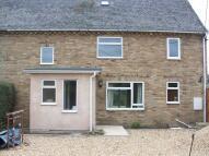 4 bedroom semi detached property in Shipton Road, Woodstock...