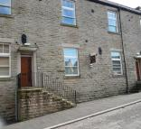 Apartment to rent in Ewart Court, Hadfield...