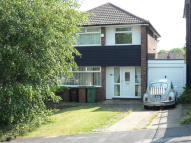 4 bed Detached property to rent in Elmsham Avenue...
