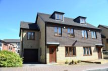 5 bedroom semi detached house to rent in Broughton