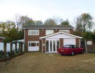 4 bed Detached property for sale in Otter Close, Bletchley...