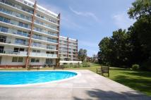 2 bedroom Flat in View Point...