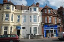 2 bedroom Flat in 186 Holdenhurst Road...