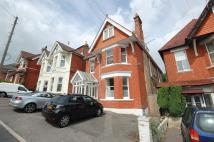 Flat to rent in 21 Beaulieu Road...