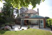 4 bed home in Branksome Hill Road ...