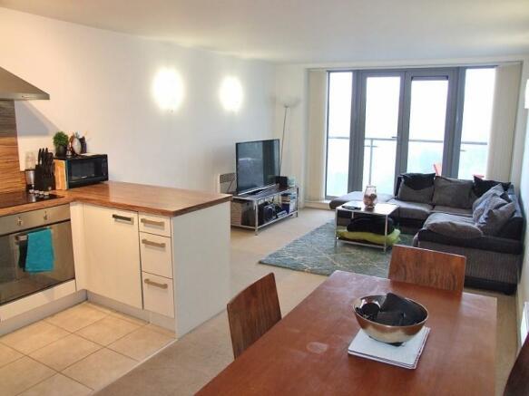 Living Kitchen Area
