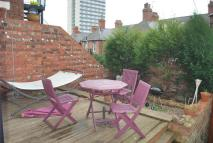 Wolseley Gdns Flat to rent