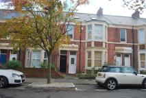 6 bed Maisonette to rent in Kelvin Grove, Sandyford