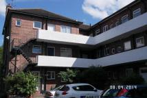 3 bedroom Flat in Wiseton Court, Benton...