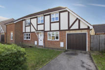 3 bedroom semi detached home in Hayrick Close...