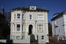 2 bed Flat in Upper Grosvenor Road...