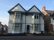 Studio apartment to rent in Langton Road...