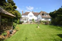 5 bed Detached property in Kingswood