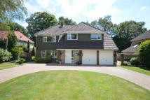 4 bed Detached property for sale in Kingswood