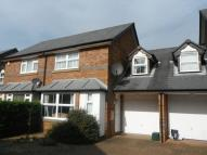 3 bedroom property in Long Close