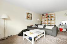 2 bed Flat in Ice Wharf...