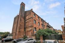 Flat to rent in Fawe Street 2, Limehouse...
