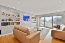 5 bedroom semi detached property in Sunnyfield Mill Hill NW7
