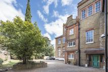 Apartment to rent in Barrington Road London...