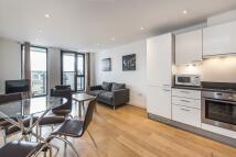1 bedroom Flat in Webber Street SE1