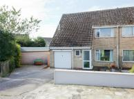 3 bed semi detached home in Wold Avenue...
