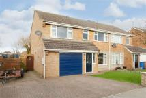 4 bed semi detached home in 24 Croft View...