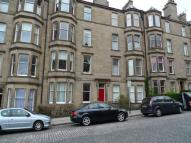 2 bed Flat to rent in Comely Bank Avenue...