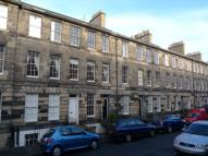 Flat to rent in Cumberland Street...