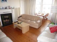 3 bedroom Flat in Spottiswoode Road...