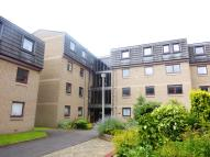 Flat to rent in Belhaven Place...