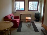 Flat to rent in Cowan's Close, Newington...