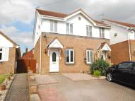 2 bed semi detached house to rent in Hawthorne Road, Frodsham...