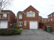 Detached home to rent in Kensington Way, Leeds
