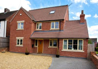 4 bed Detached property in Efflinch Lane...