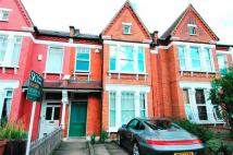 Flat in Beauval Road, London