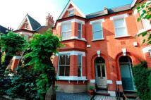 5 bedroom semi detached house in Winterbrook Road, London