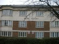 Park Grove Ground Flat to rent