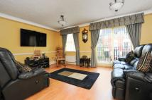 4 bedroom Town House in Silbury Avenue, Mitcham
