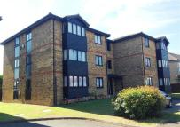 Apartment to rent in Ashbourne Road, MITCHAM