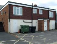 Flat to rent in High Street, Hailsham...