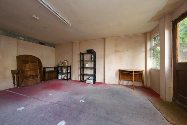 341 Caephilly Rd 086