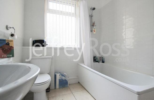 82 Cathays Terrace L