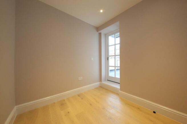 1 Aberdare House 180