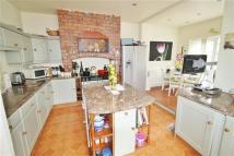 5 bed semi detached house in Grange Drive, Monton...