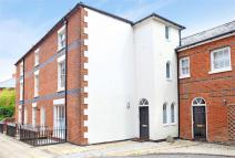 End of Terrace house to rent in Winchester, Hampshire