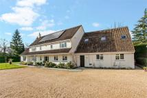 Detached property in Shawford, Winchester...