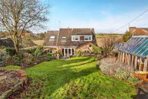 4 bedroom Detached property in Twyford, Winchester...