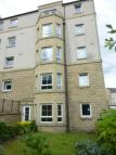 2 bed Flat in Bonnington Gait...
