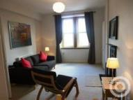 Flat to rent in Gibson Terrace...