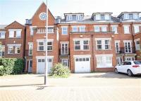 property to rent in Walsingham Place...